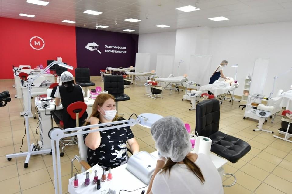 В Кузбассе открылись 44 «Точки роста» и восемь инновационных лабораторий. Фото: АПК.