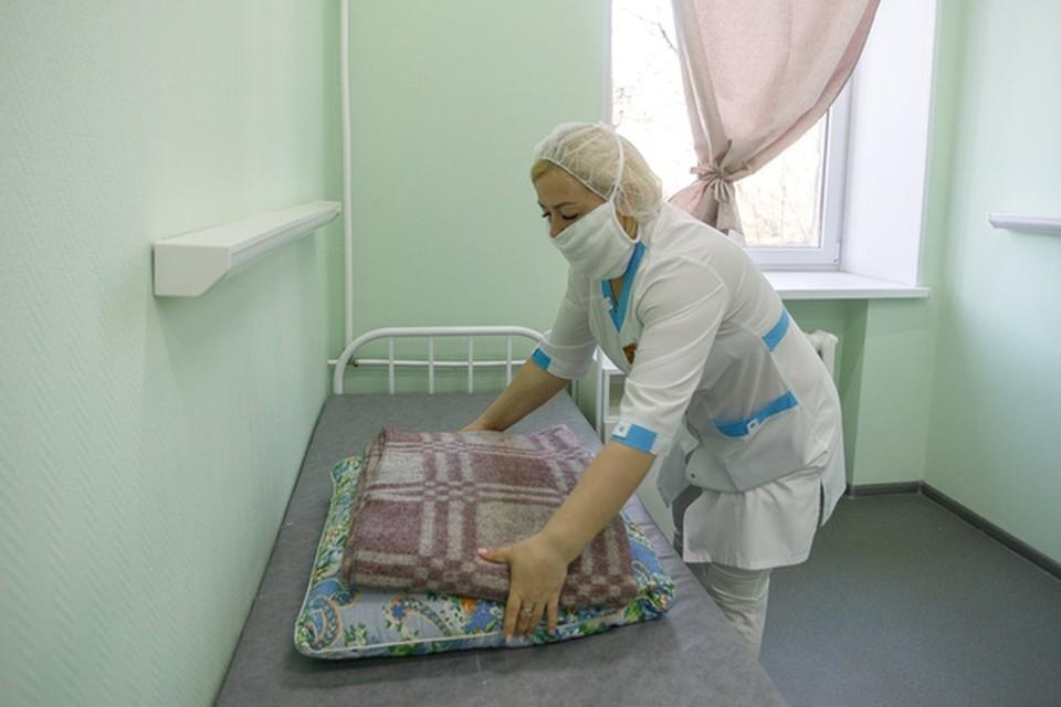В здравоохранении повышение коснется представителей 54 профессий, всего 9,6 тысяч человек.