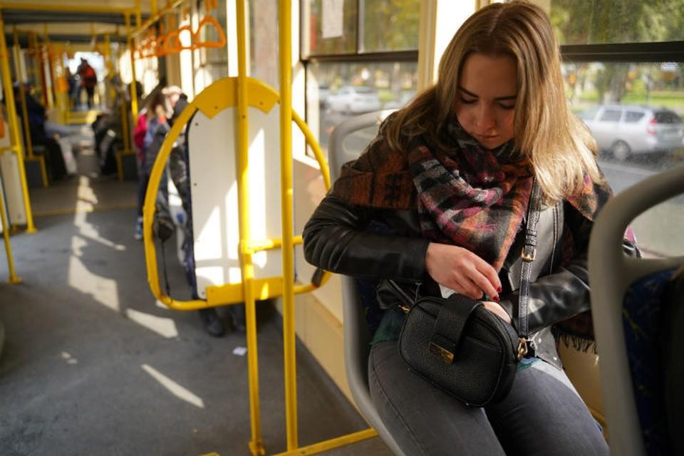 В Ярославле многие школьники и студенты не смогли получить льготные проездные