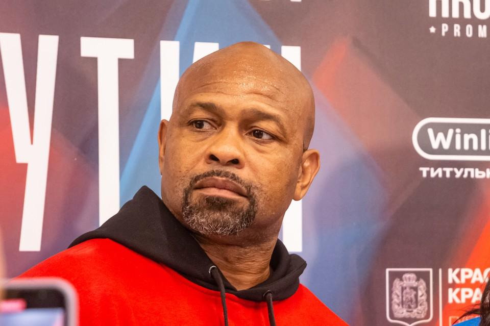 Американский боксер Рой Джонс заявил, что готов переехать с семьей в Красноярск