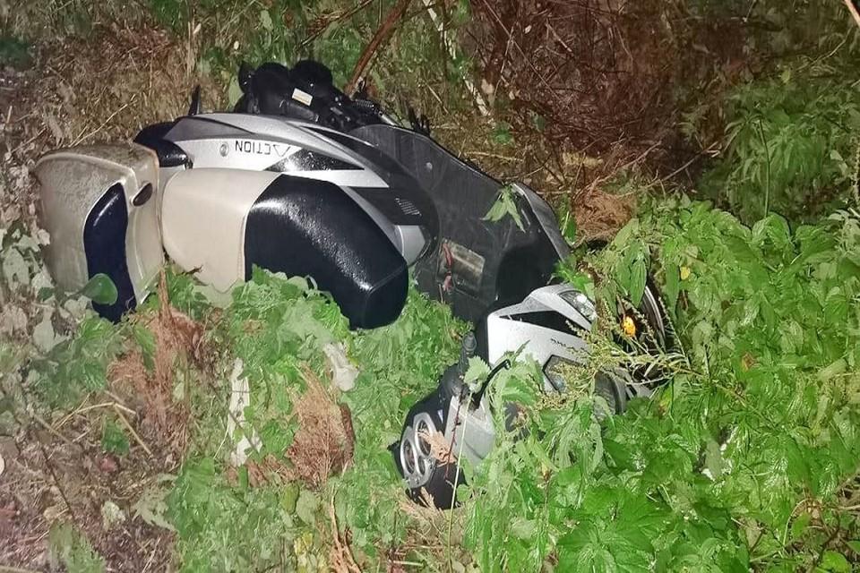 Под Новосибирском мотоцикл вылетел в кювет: погиб 72-летний пассажир. Фото: ГИБДД по НСО.