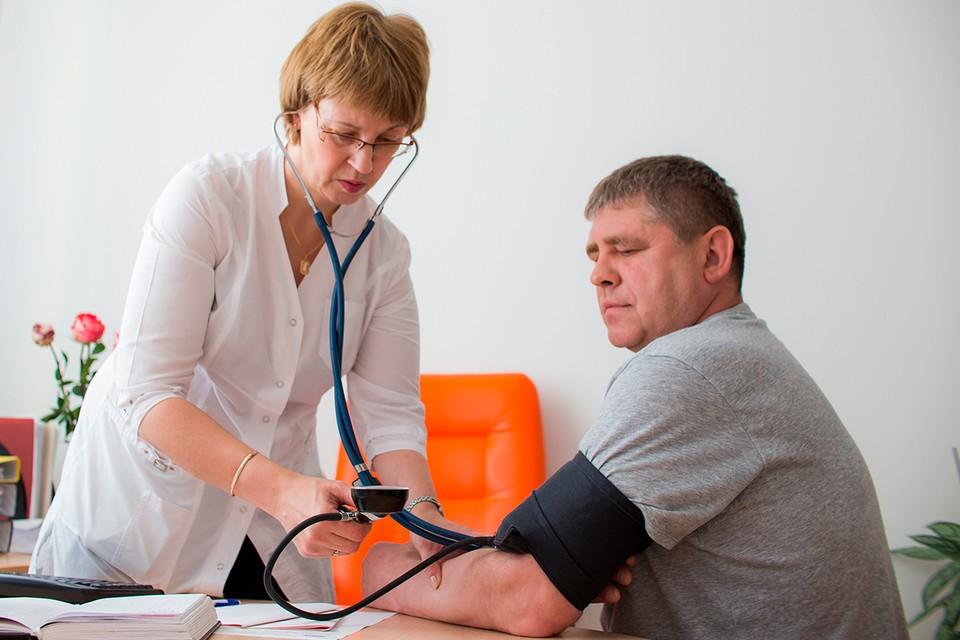 Понижать давление при инсульте смертельно опасно.