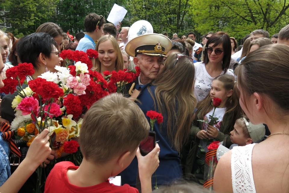 Владимир Тихонович Подольский не ожидал, что к нему придут столько калининградцев